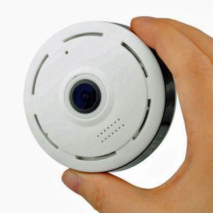 fisheye-camera-with-dvr-in-hand