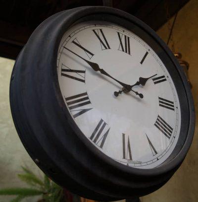 Crime Clock From Below Narrow